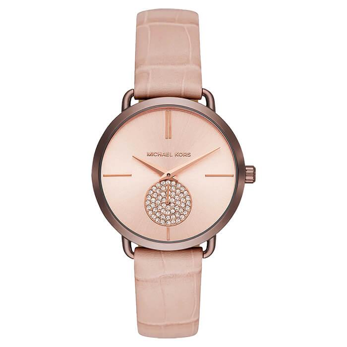 Có thể mua đồng hồ tại cửa hàng hoặc mua online