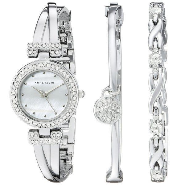 Bộ sản phẩm đồng hồ và lắc đeo tay được Anne Klein cho ra mắt thường xuyên