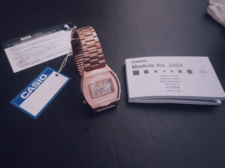 Đồng hồ Casio dây kim loại được yêu thích
