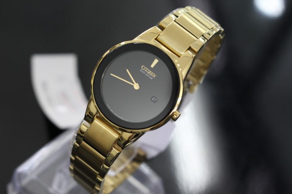 Đồng hồ Citizen Nữ Eco-Drive GA1052-55E 30mm với mặt đồng hồ được tối giản hóa đáng kể hoàn toàn không có các vạch chia giờ