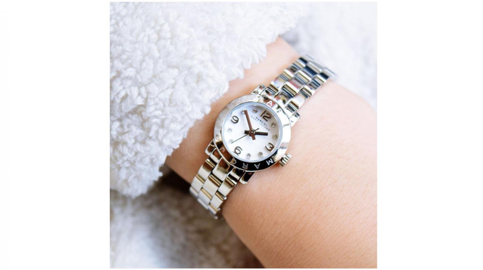 Đồng hồ Marc Jacobs giá bao nhiêu?