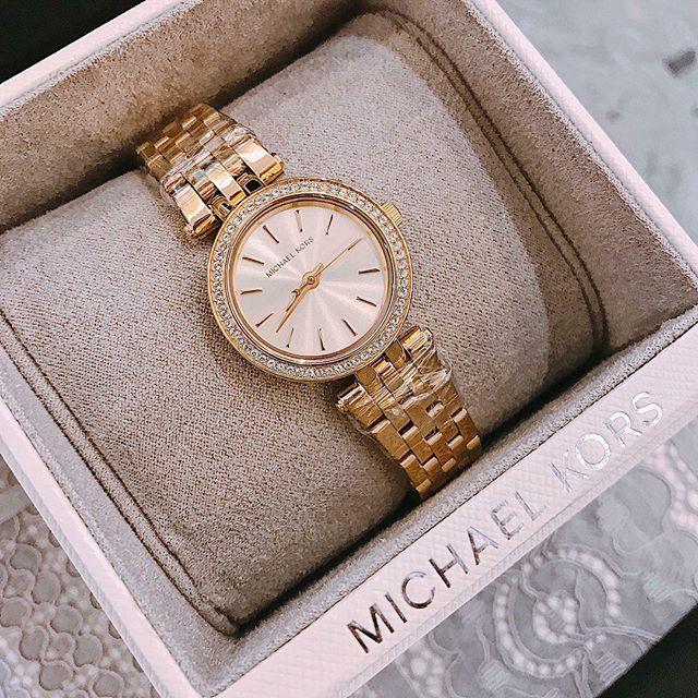 Đồng hồ Michael Kors luôn nhận được nhiều sự yêu thích