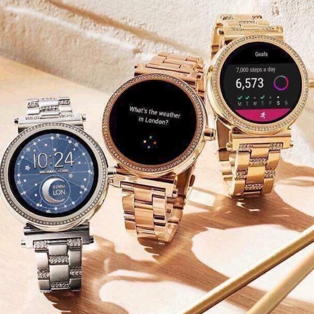 Những chiếc đồng hồ Michael Kors thông minh