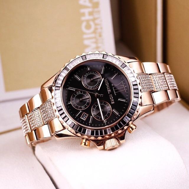 Đồng hồ Michael Kors nam MK5739 mang tông màu vàng chủ yếu