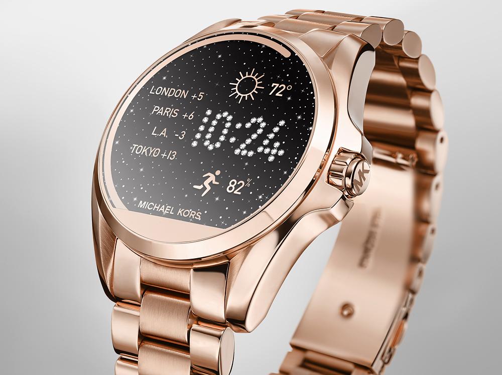 Chiếc đồng hồ Michael Kors nữ cảm ứng đang gây cơn sốt cho hội chị em phụ nữ