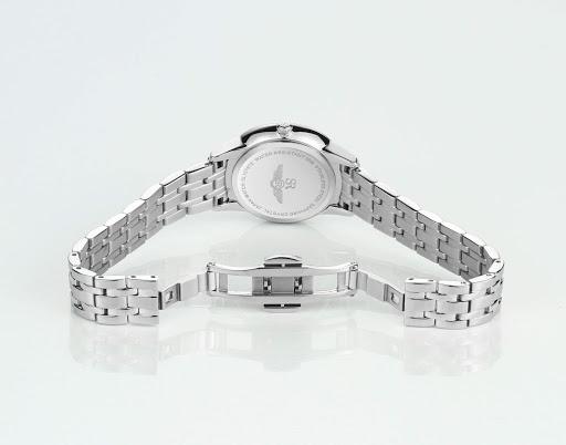 Đồng hồ Srwatch nữ được sản xuất từ nhiều chất liệu cao cấp