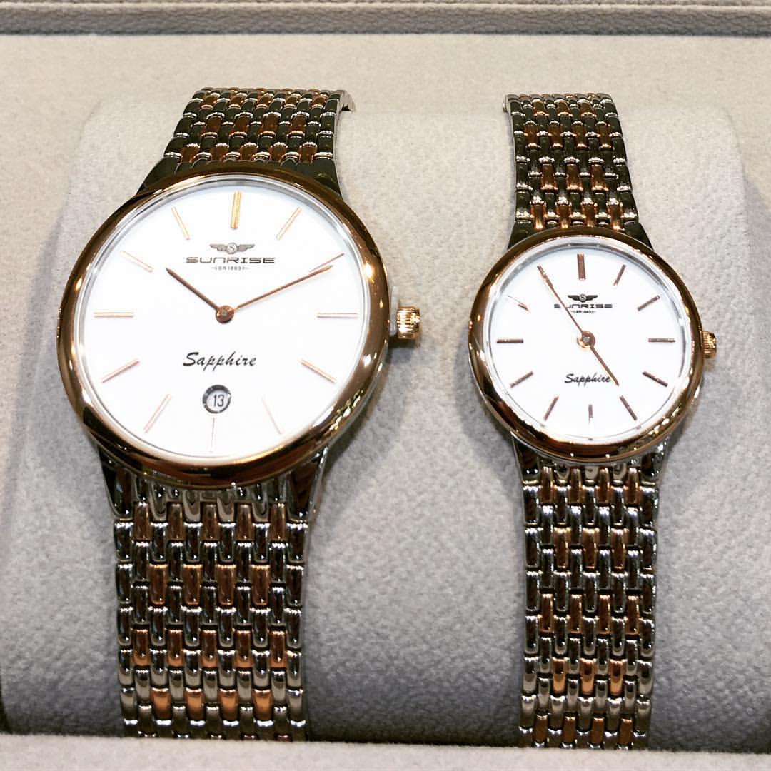 Đồng hồ Sr nữ sáng bóng làm nổi bật cá tính nữ giới