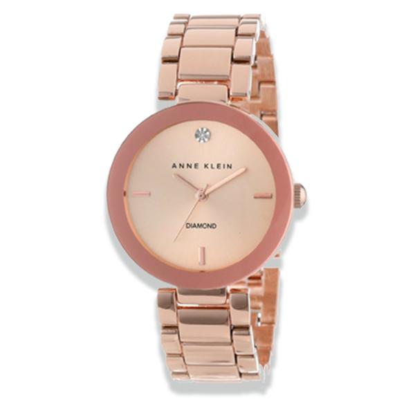 Đồng hồ chính hãng thiết kế tinh xảo