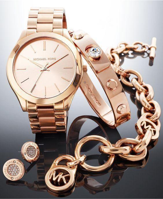 Đồng hồ Michael Kors- sản phẩm được nhiều người yêu thích